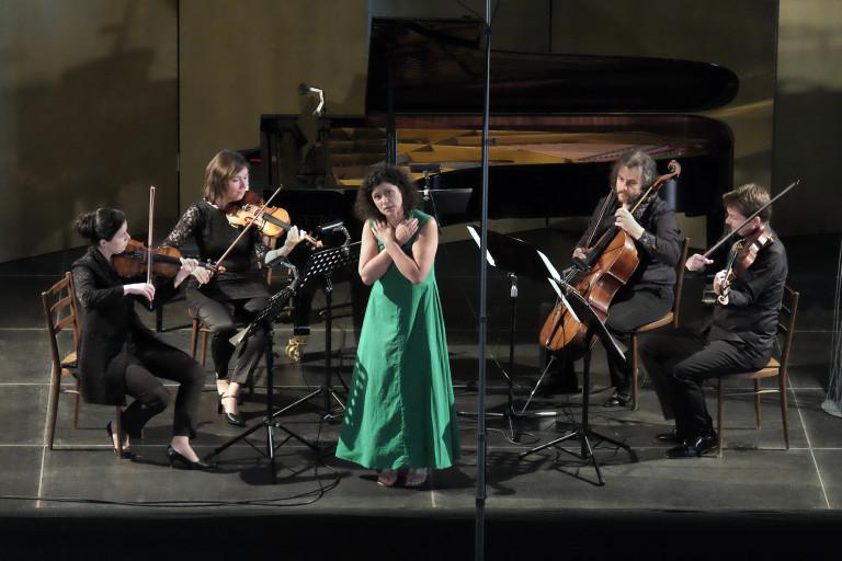 Iva Bittová, Škampovo kvarteto
