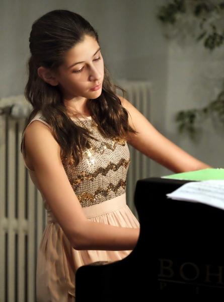 Ayla Bártová