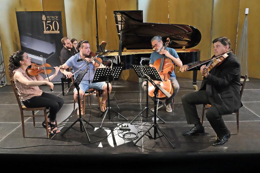 C.Chapelle, M.Pěruška, J.Bárta, K.Untermüller, L.Vondráček
